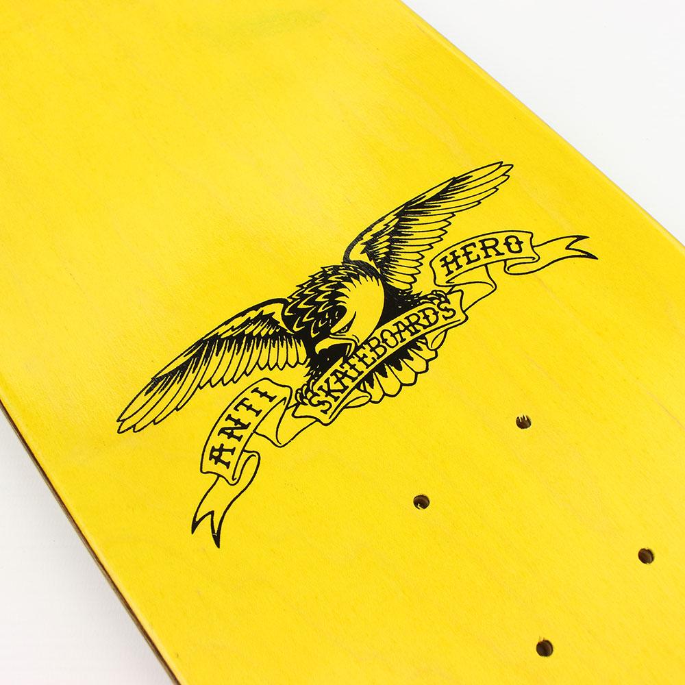 Anti-Hero-Skateboards-Classic-Eagle-8.25-Deck-03