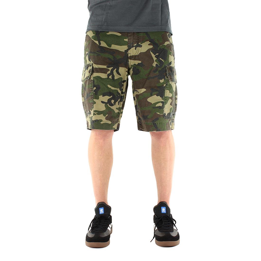 ca0cea6774 Dickies-New-York-Cargo-Short-Camouflage-03