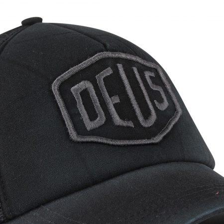 Deus Ex Machina Shield Mesh Back Trucker Cap - Beluga