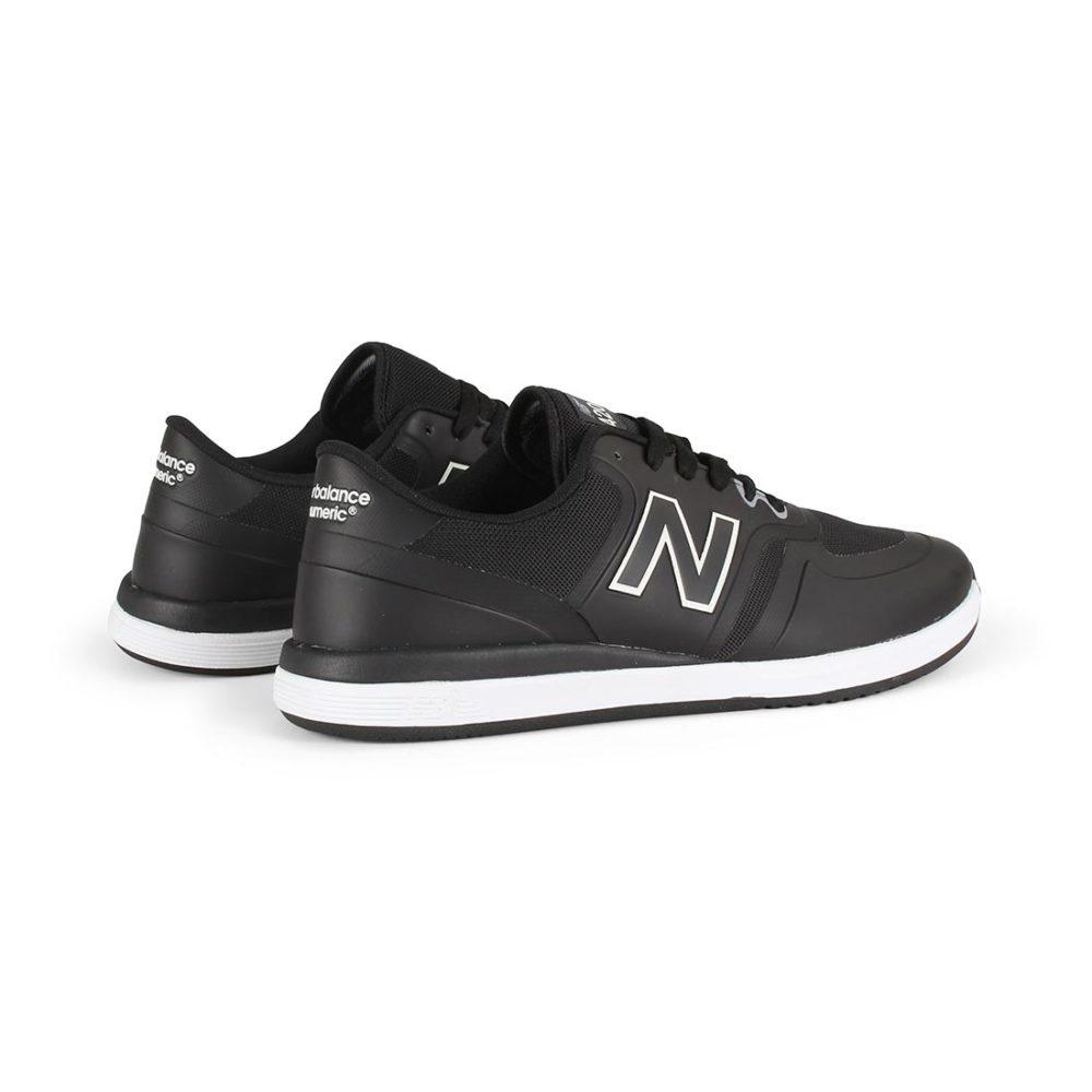 New Balance Numeric NM420 Shoes - Black / White