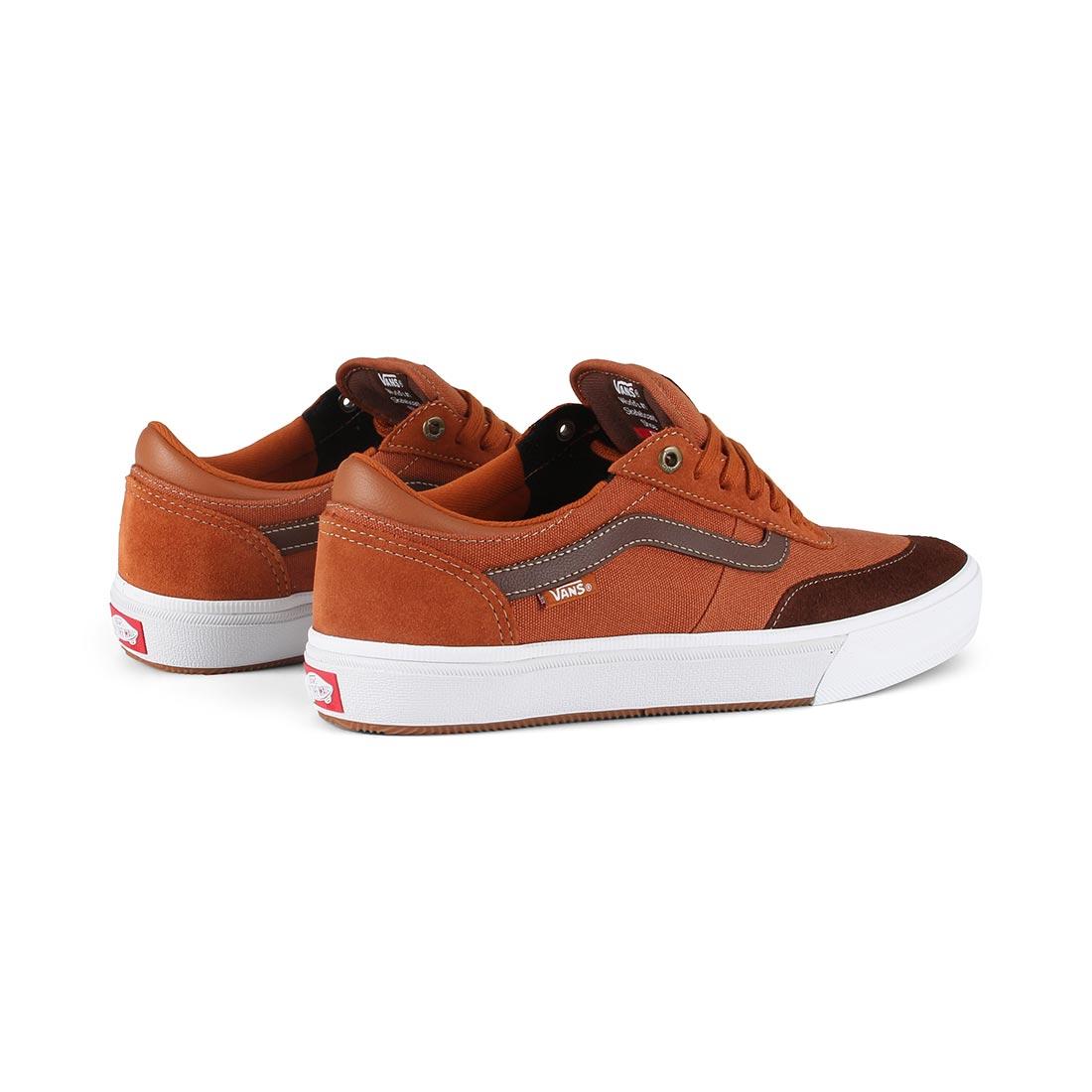 bebcbcd3230 Vans Gilbert Crockett 2 Pro Shoes - Leather Brown   Potting Soil