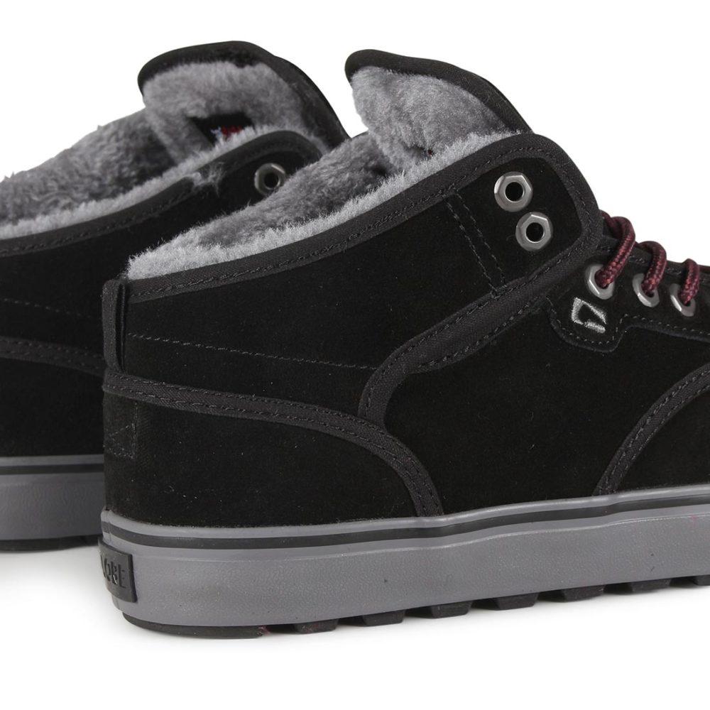Globe-Motley-Mid-Shoes-Black-Phantom-Fur-04