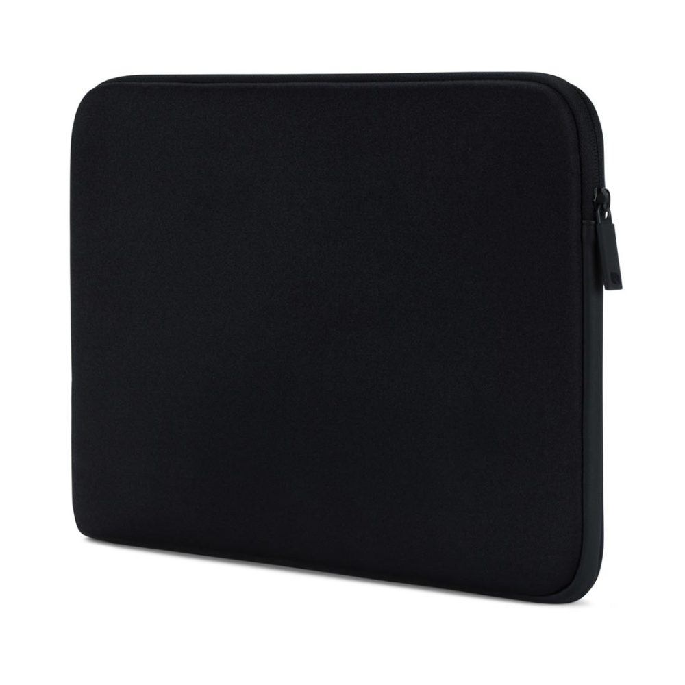 Incase-Classic-Sleeve-MacBook-15-Ariaprene-Black-02