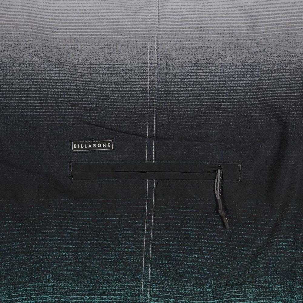 Billabong Fluid Airlite 20″ Boardshort – Foam