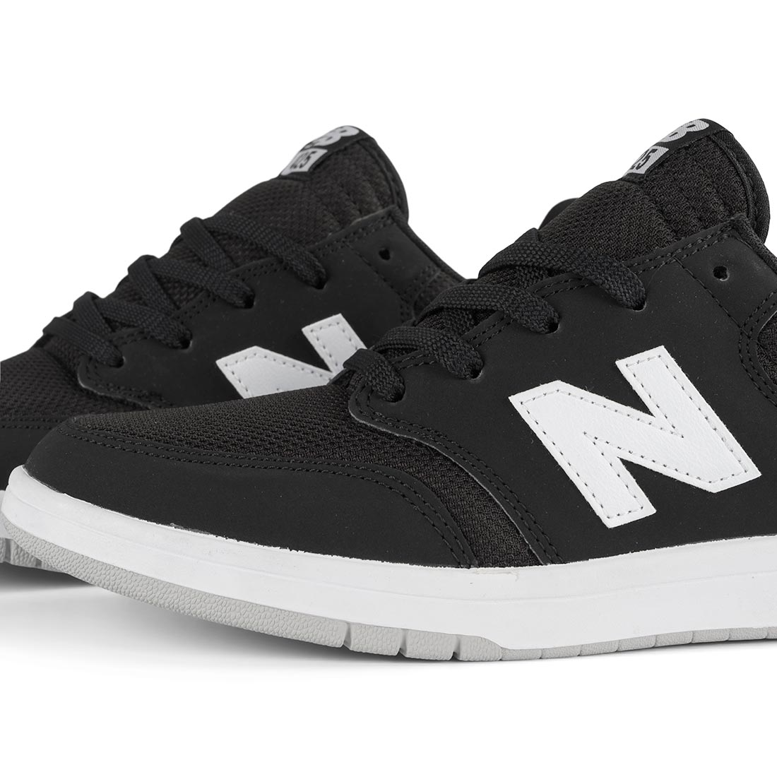 7bfb690ebefbb New Balance All Coasts 425 Shoes - Black / White