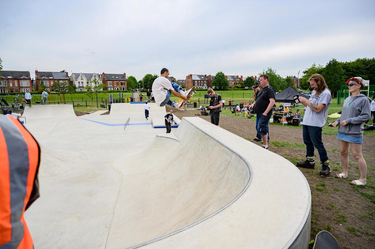 Lady Bay Skate Park - Fin Shaw Stalefish