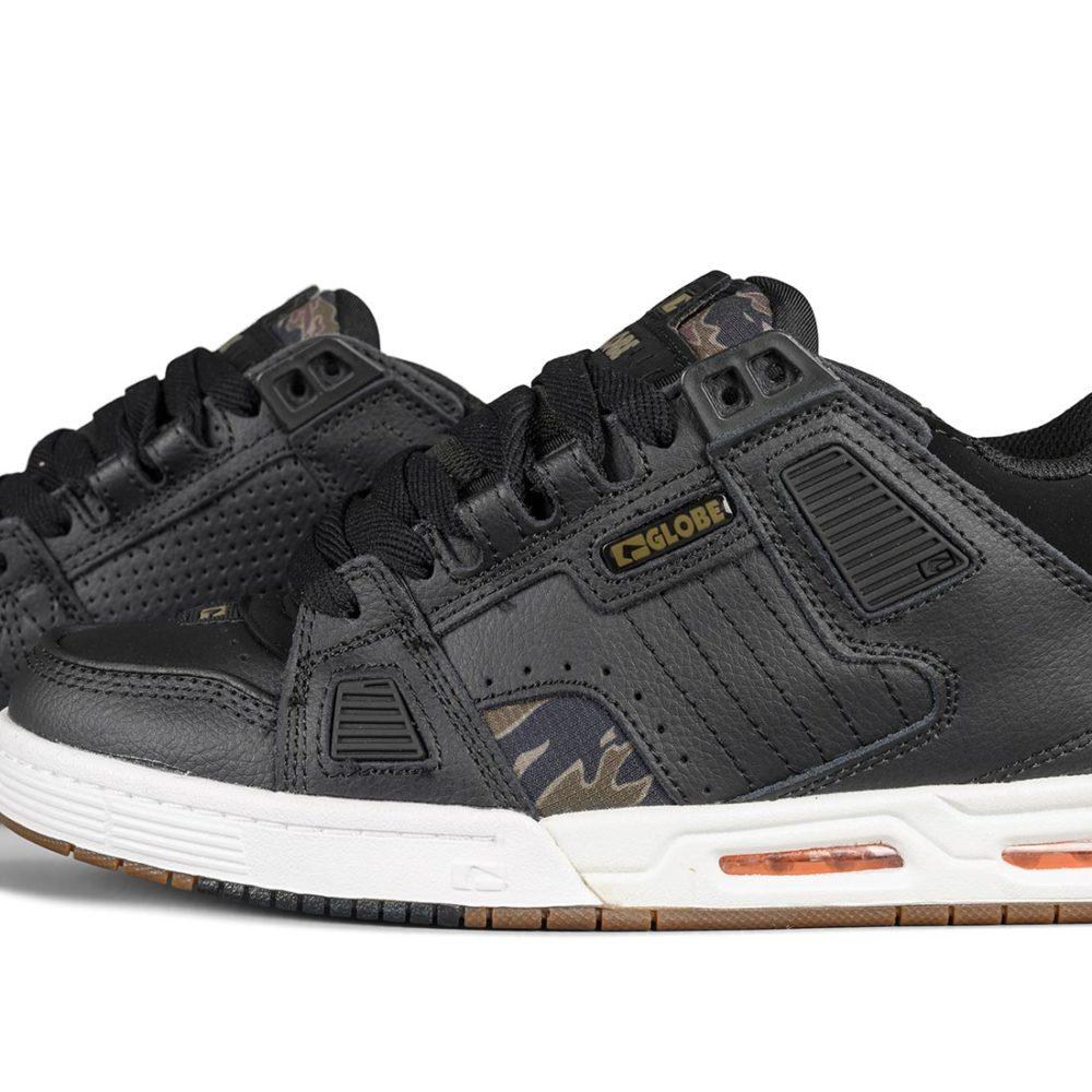 Globe Sabre Shoes – Black / Tiger Camo