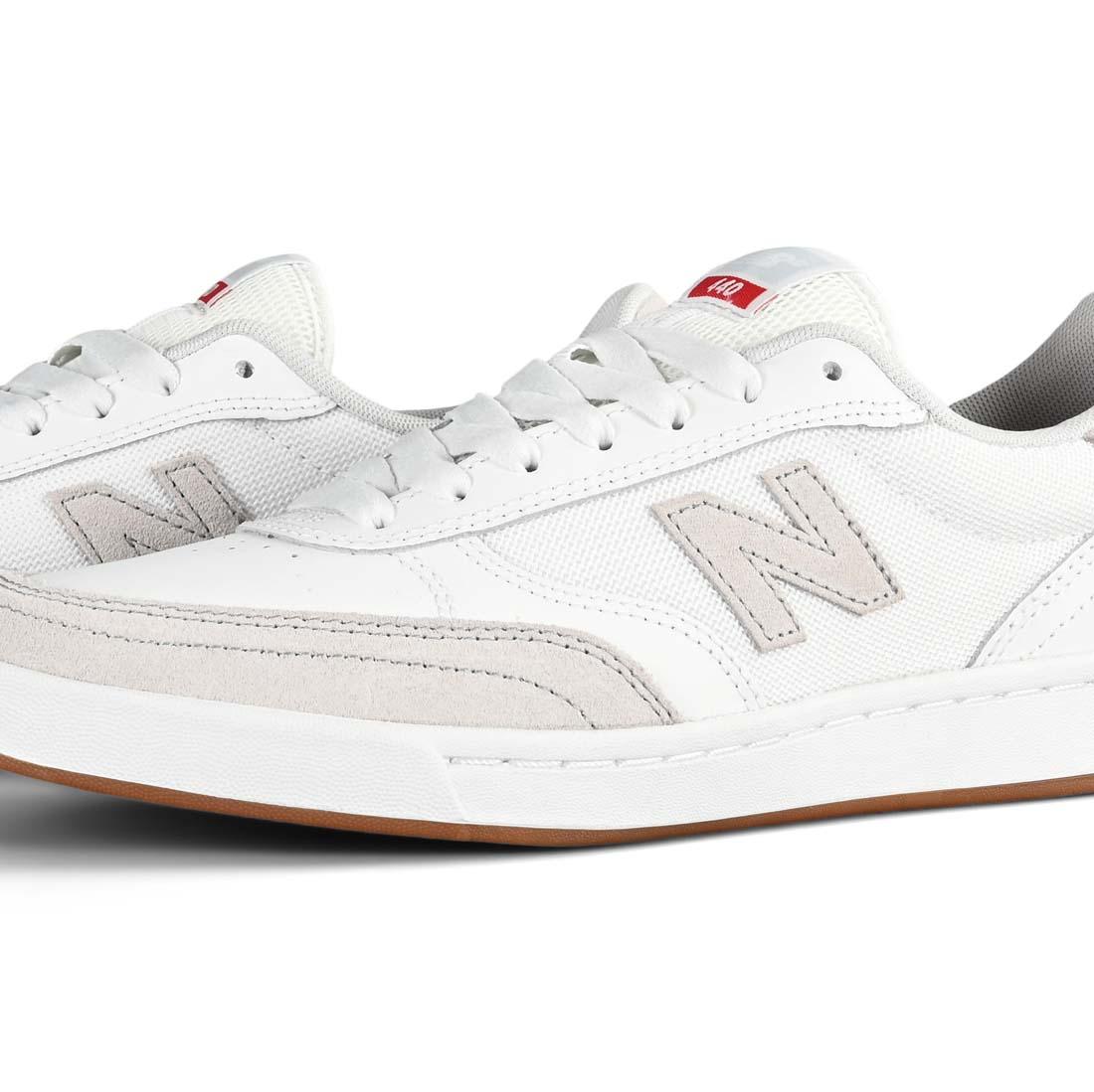 Balance Numeric 440 Skate Shoes - White