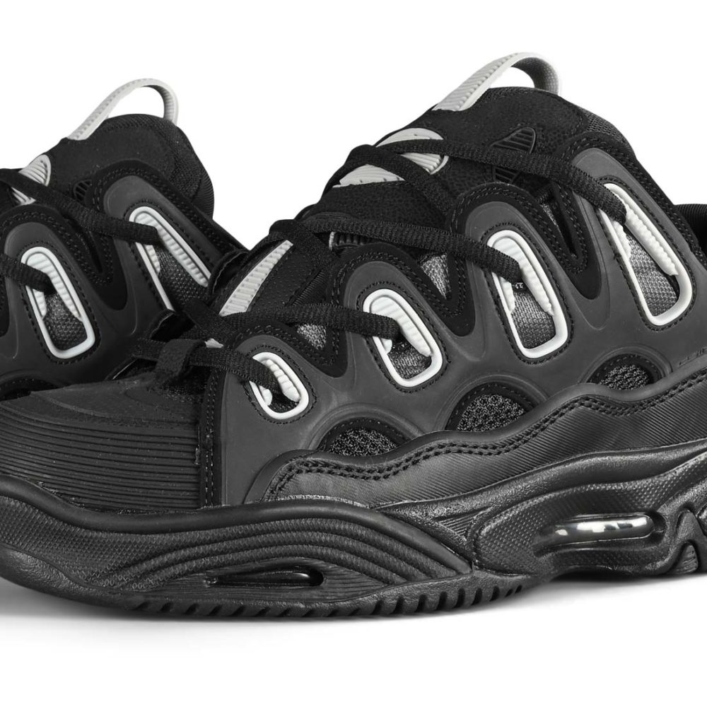 Osiris D3 2001 Skate Shoes - Black / Lt. Grey / Fade