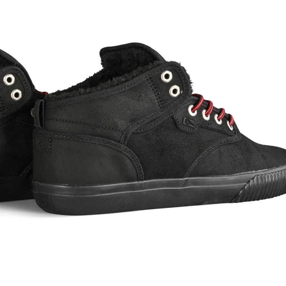Globe Motley Mid Winterised Shoes - Black / Red / Fur