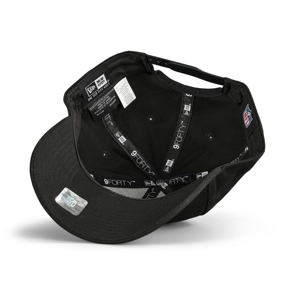 New Era New England Patriots Black Base 9Forty Snapback Cap - Black