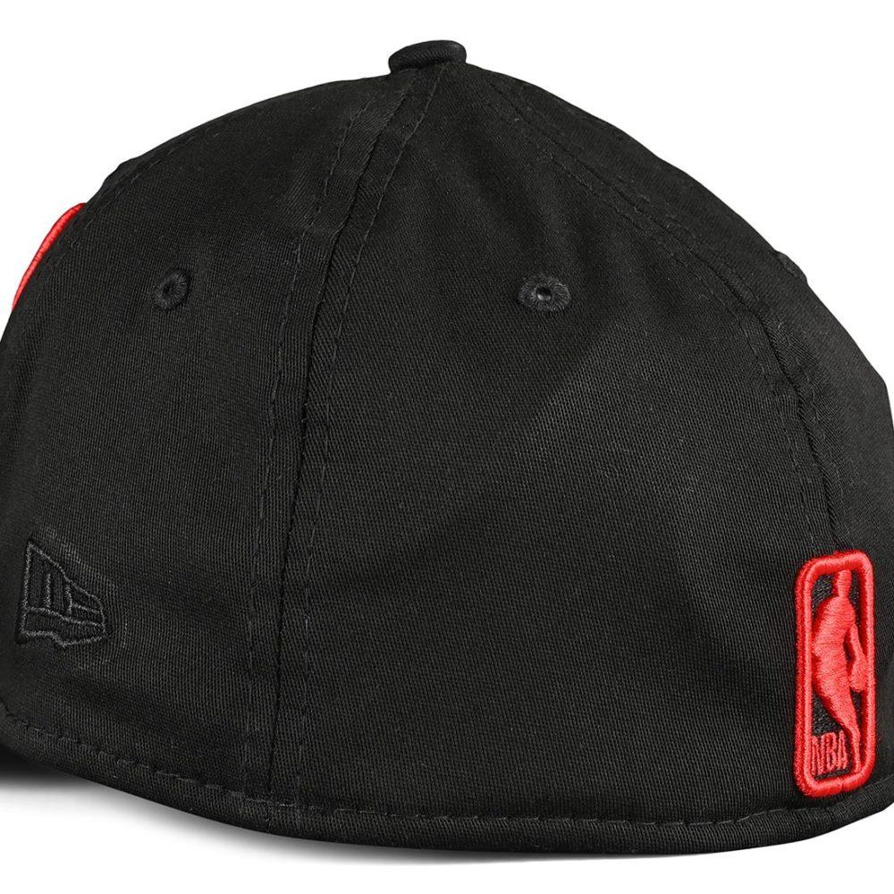 New Era Chicago Bulls Tonal 39Thirty Cap - Black