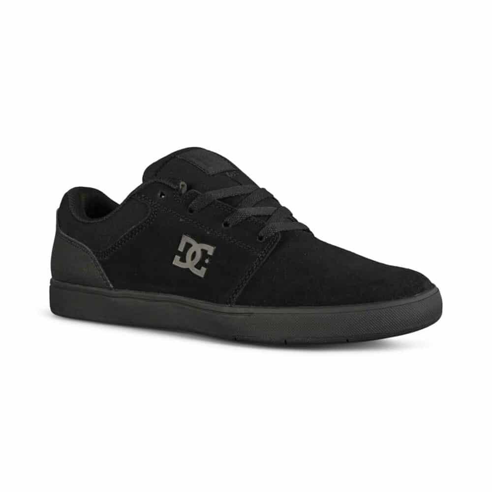 DC Crisis 2 Low Top Skate Shoes - Triple Black
